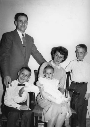 1959RamonNRoseBrownfamily-web