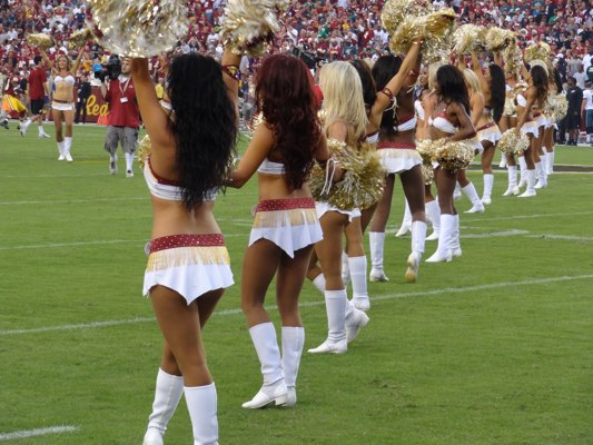 redskin-cheerleaders-web400h